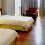 bay hotel room