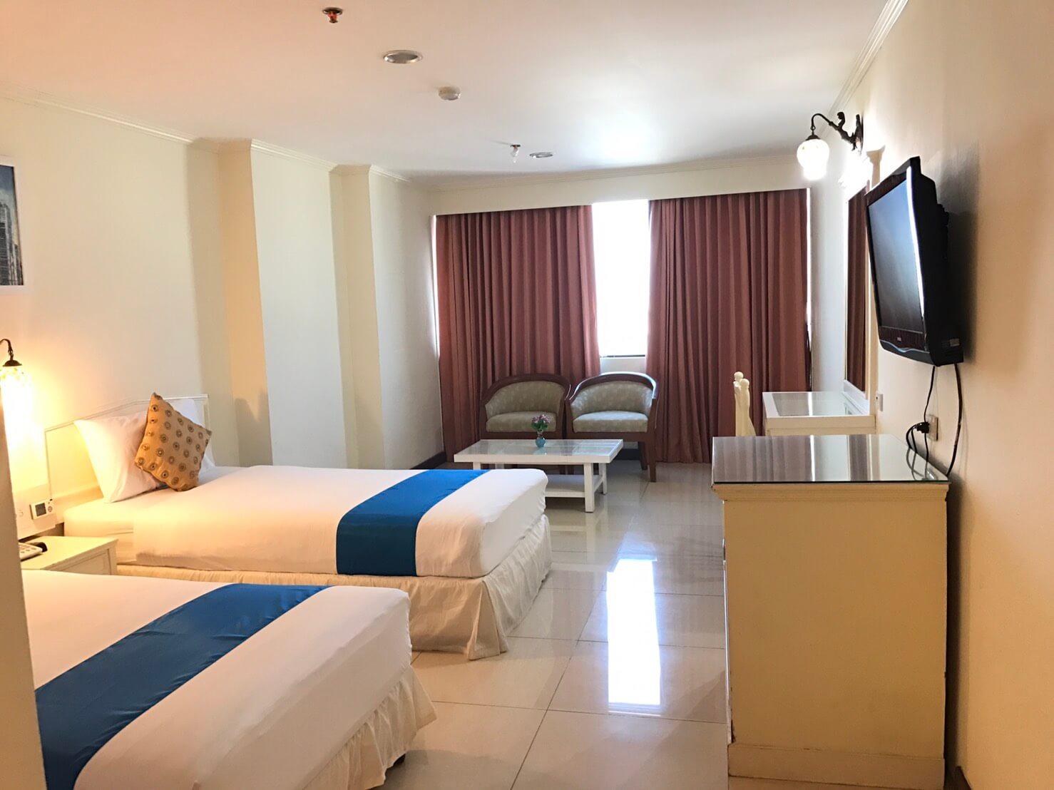 bay hotel twin
